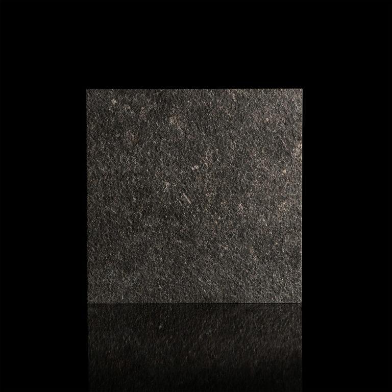 037-GDStone_Tiles_Belgium-black-stone-Sandblasted-&-Waterjet