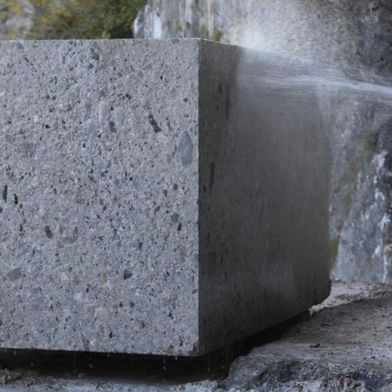 241 Bluestone_StoneTiles_Titanium_Travertine_Honed_Unfilled_0002_Grigio Perla Block