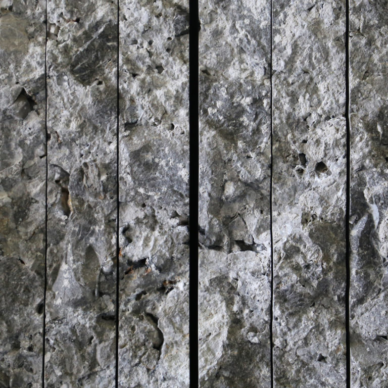 241 Bluestone_StoneTiles_Titanium_Travertine_Honed_Unfilled_0010_Grigio Perla Slabs
