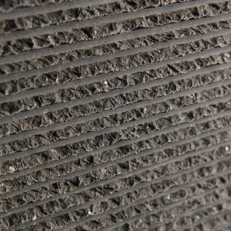 041 GDStone_Tiles_Belgium Black stone chiselled