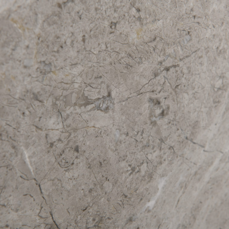 092 Bluestone_StoneTiles_AlpineWhite_Honed
