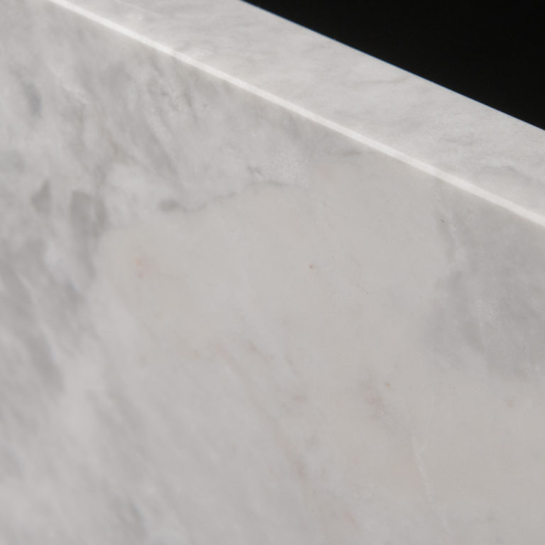 096 Bluestone_StoneTiles_GreyCloud_Honed_Limestone