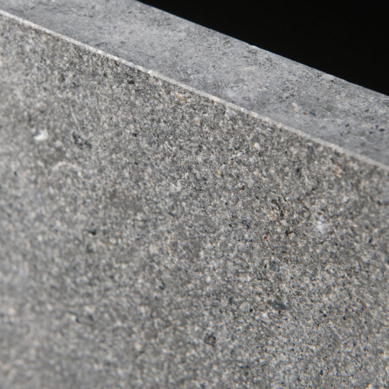 114 Bluestone_StoneTiles_UrbanGrey_Aged_Limestone